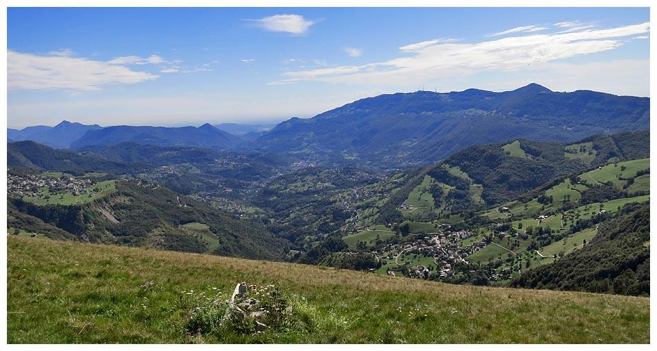 Lombardia in bici giro della valle imagna salita al passo for Rifugio resegone valle imagna
