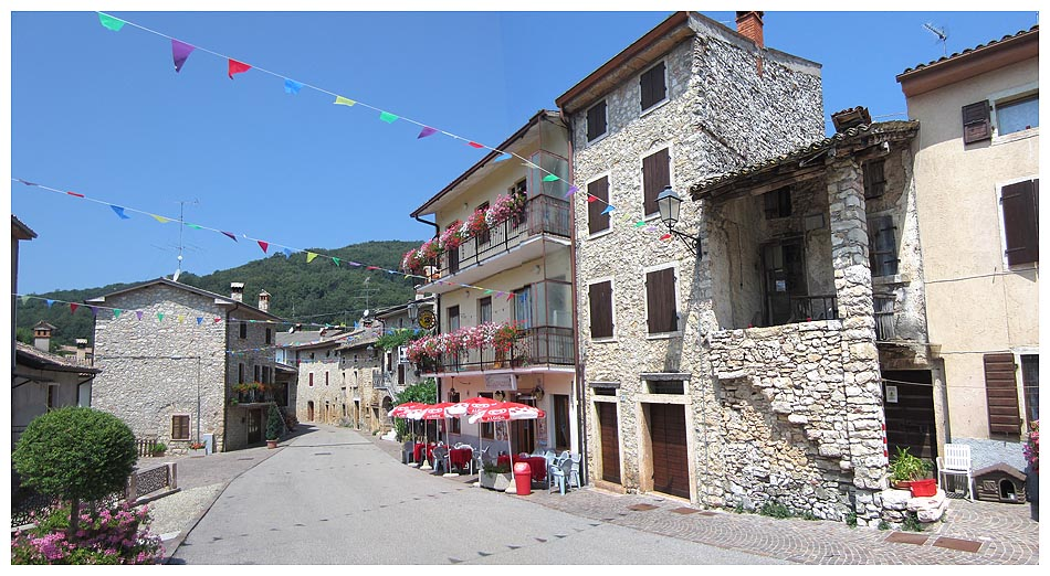 Veneto in bici il monte baldo nel lato ovest lumini for Case vecchie ristrutturate