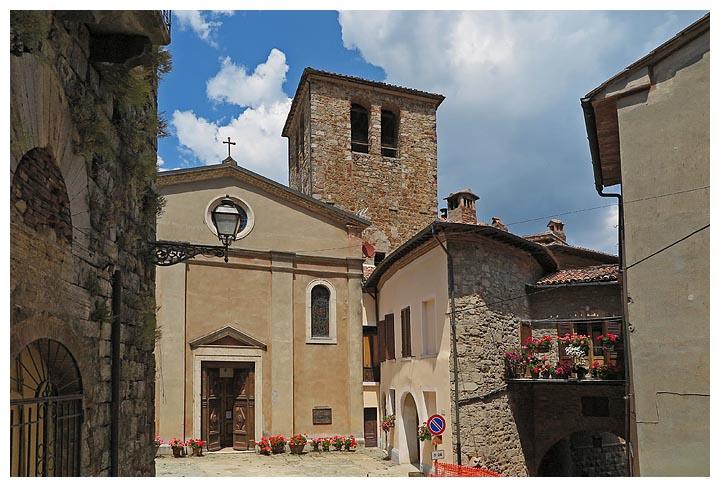 Toscana in bici da punta ala a gerfalco e montieri for Case vecchie ristrutturate