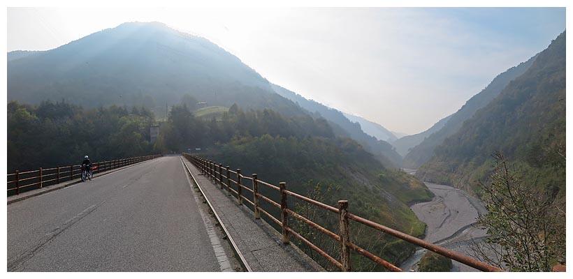 Lombardia in bici valvestino e cima rest report 214 for Garage con ponte in cima